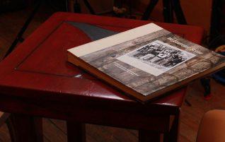 Boek, dvd & foto
